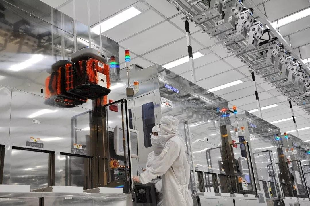 Hua Hong Semiconductor revels in mass production of 12-inch 90-nanometer BCD